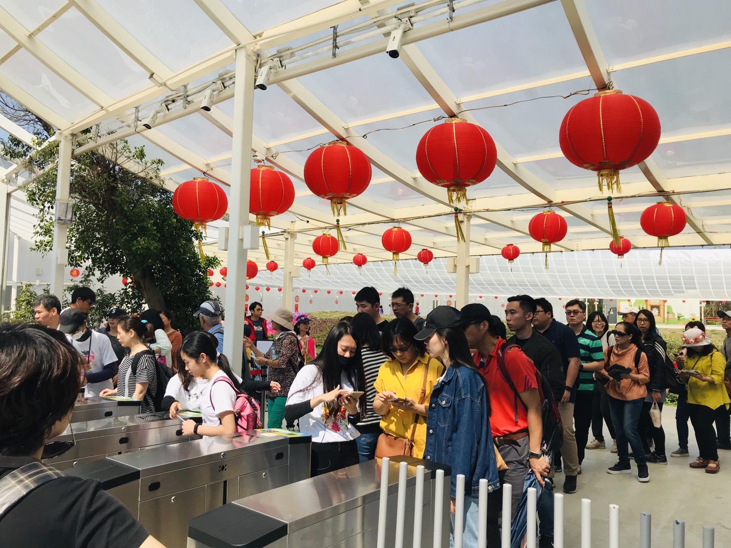 白嘉莉代言行銷台中花博  228連假首日湧入近10萬人