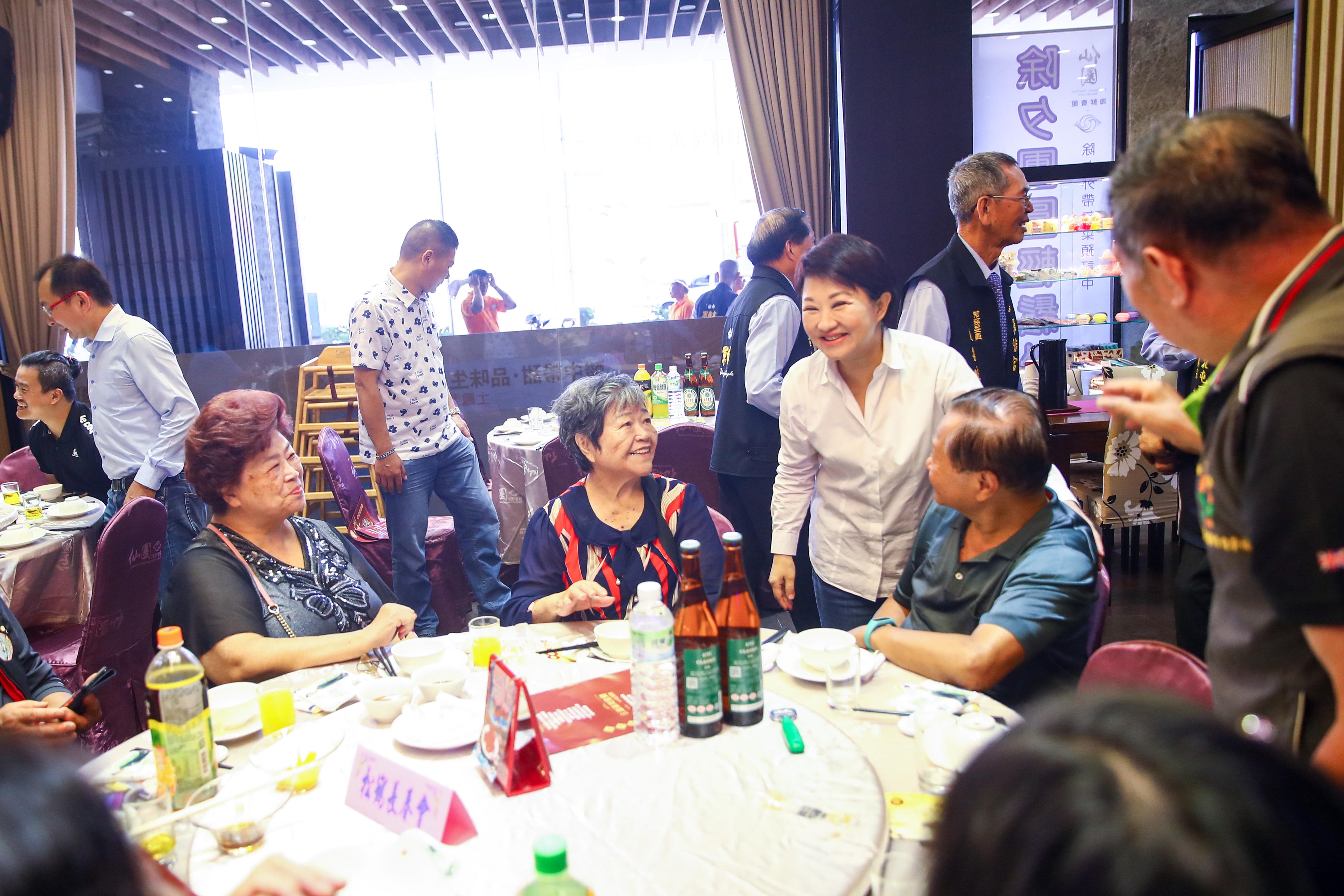 軍福宮40週年宮慶 盧市長廣邀各廟參觀2020台灣燈會